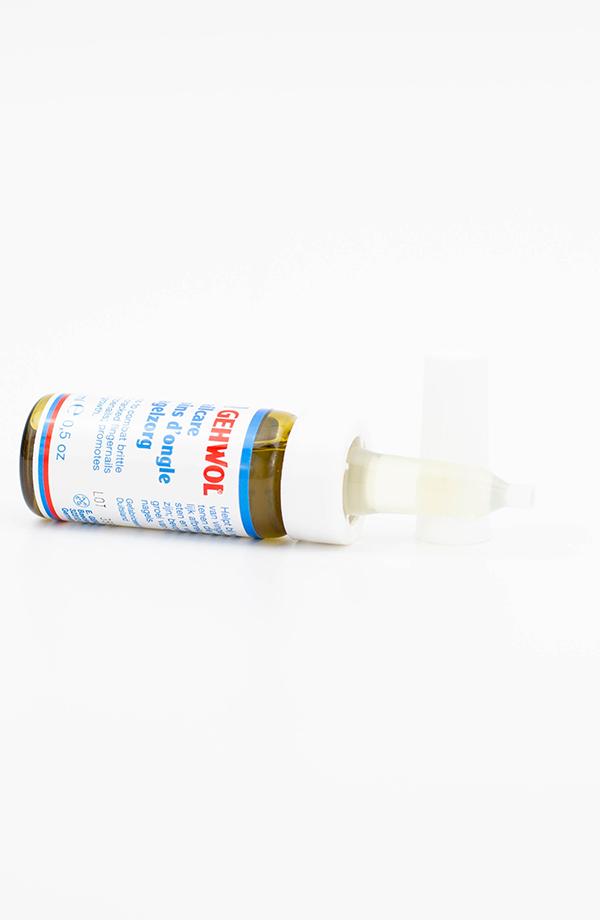 112510104-GEHWOL-Nailcare-bottle-side